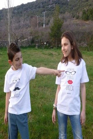 Camiseta Sé tú mismo y serás único for Kids