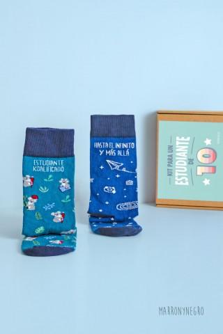 pack de calcetines con mensaje original. idea de regalo para estudiantes
