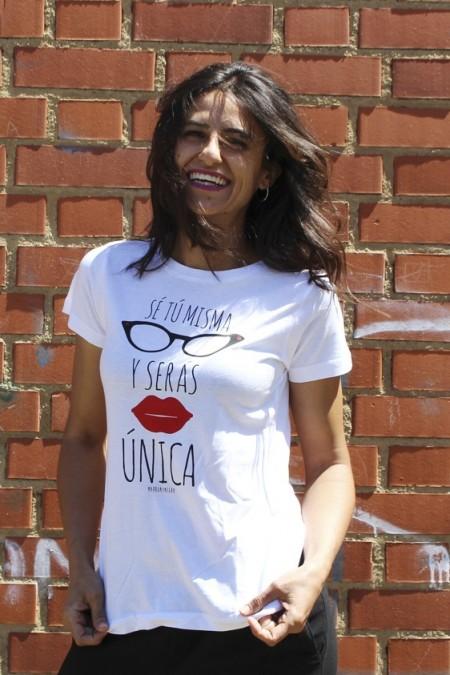 Camiseta Sé tú misma y serás única